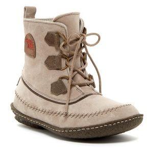 Sorel Joplin Stitch Boots